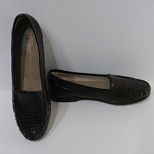 SAS Brown slip on loafers Sz 10.5